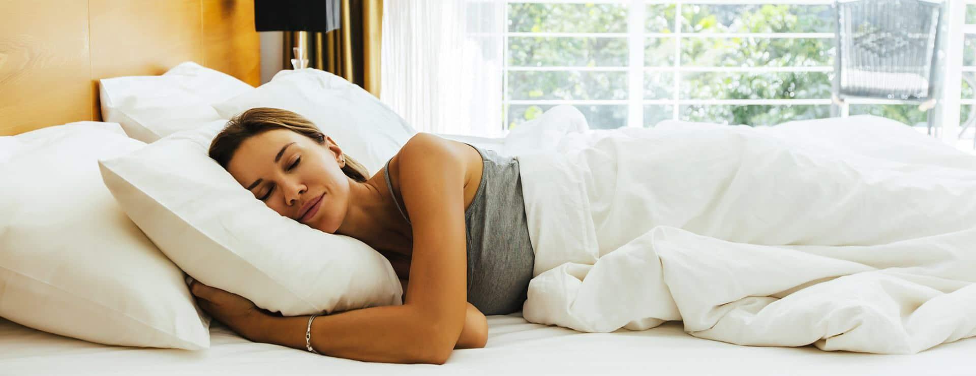 Le top du top : dormir sur le côté (image J'aime dormir)